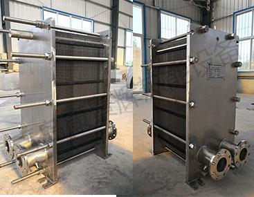 2台316L不锈钢板式换热器准备发货